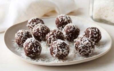 Healthy Cacao, Coconut & Date Balls
